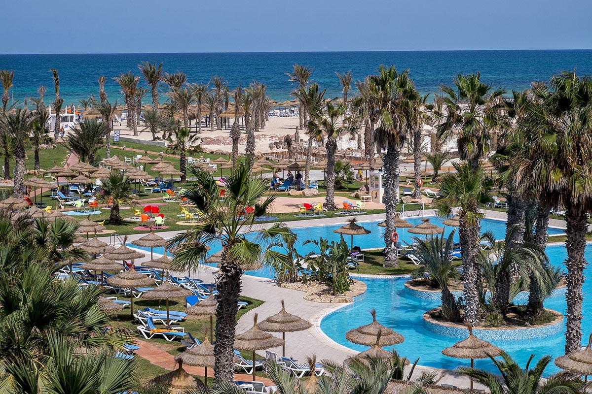 séjour esthétique dentaire en Tunisie